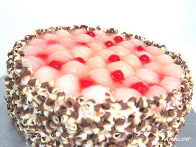 Longan Mousse Cake