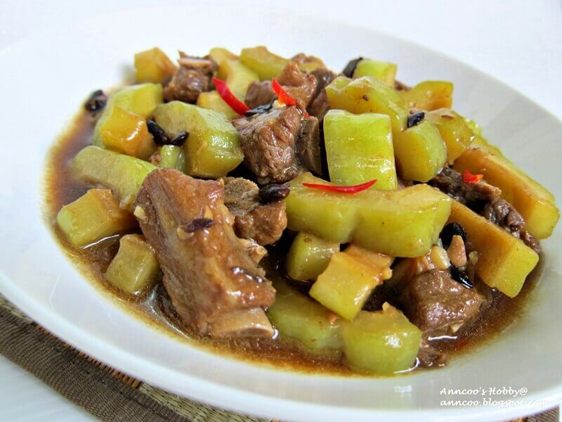 bitter gourd with soft pork ribs