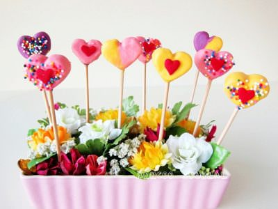 Heart Shaped Marshmallow Pops for Mother's Day