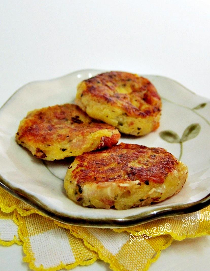 bacon potato cake with cheese