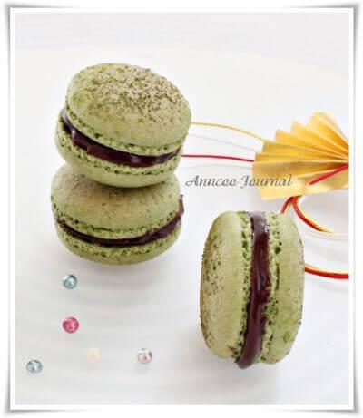 I SAW FEET! ~ Matcha Macarons