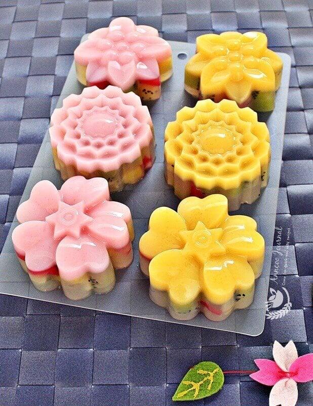 kiwifruit jelly mooncakes