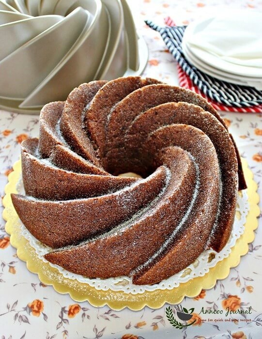 bundtamonth: best banana bundt cake