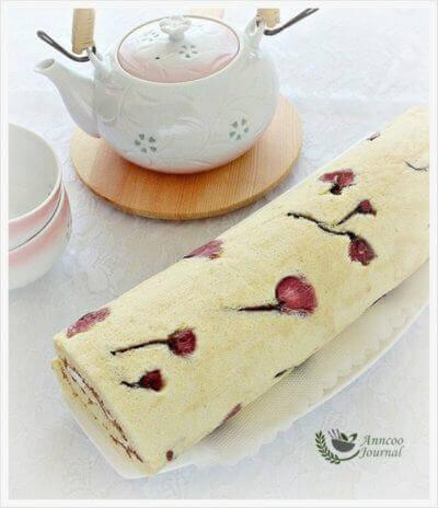 Sakura Roll (桜花蛋糕卷)