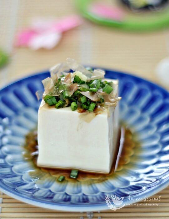 hiyayakko japanese cold tofu
