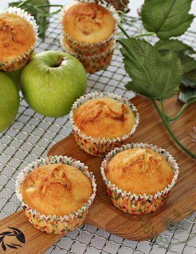 Apple Cheese Cupcakes 苹果艺士小蛋糕