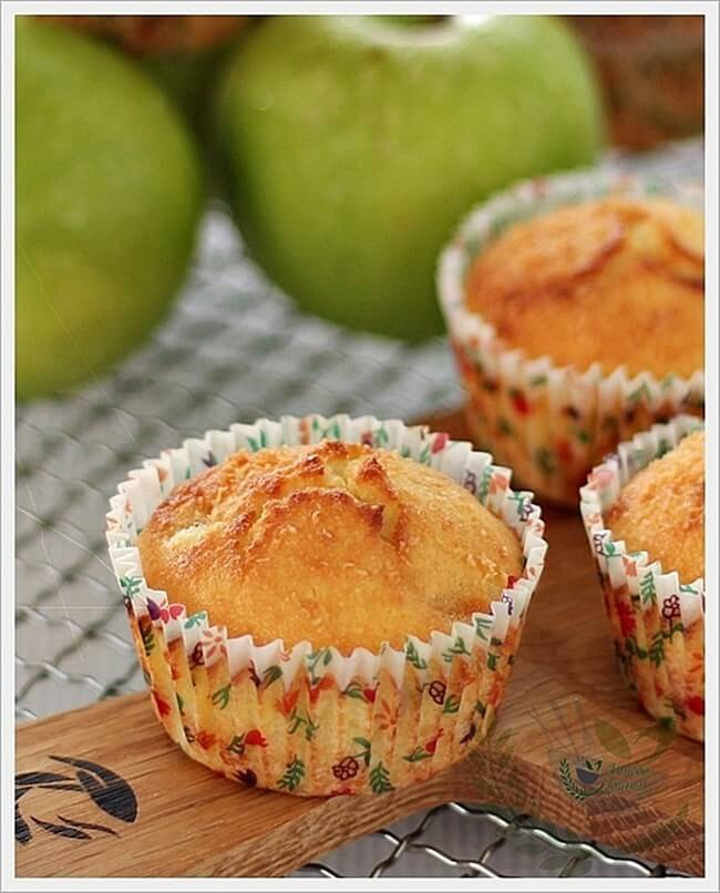 apple-cheese-cupcakes-058