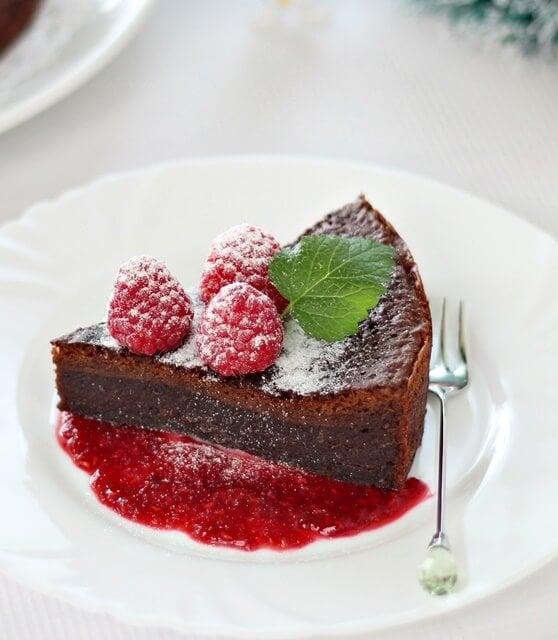 flourless-chocolate-cake-070