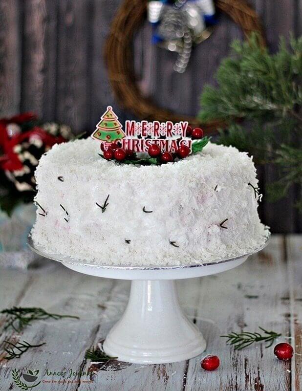 white-christmas-cake-037a