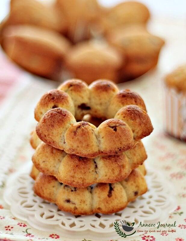 longan-oolong tea cakes