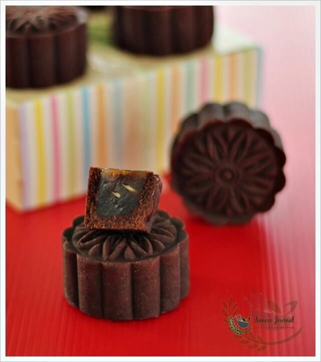 baked choc mooncake 047a