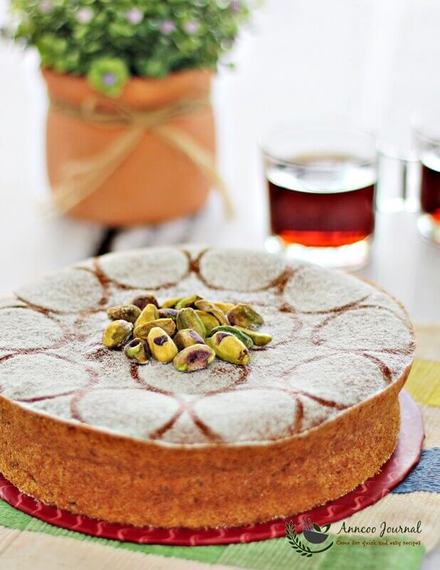 pistachio apple cake