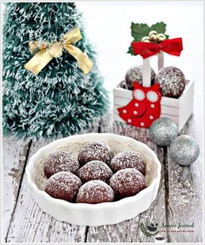 Chocolate Snowball Cookies 巧克力雪球