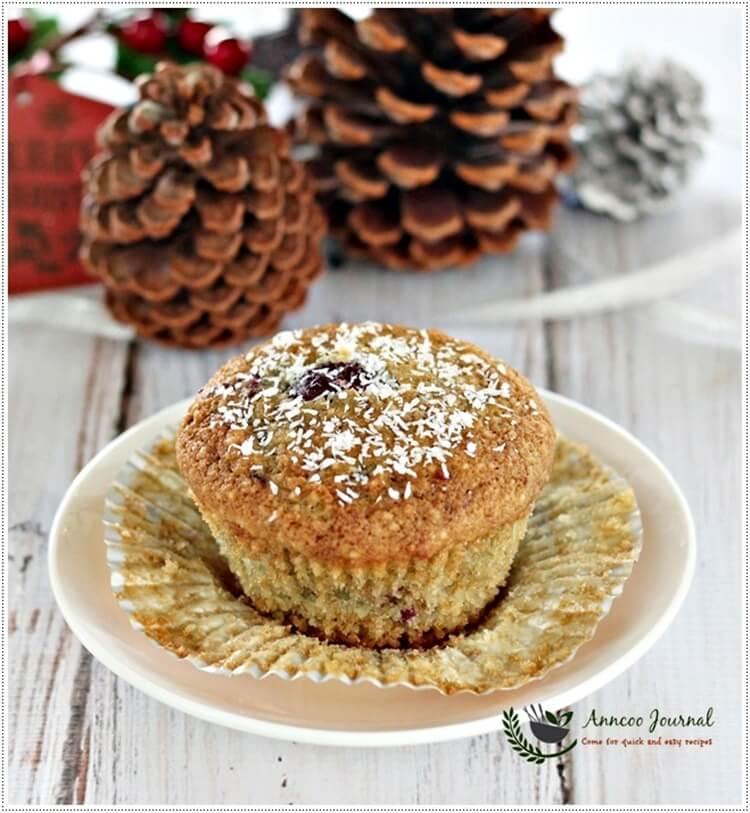 gluten-free-berry-cupcakes-080