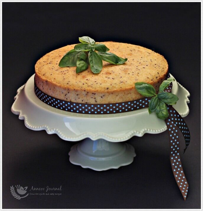 almond-butter-cake-with-chia-seeds-025a