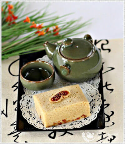 Ma Lai Kou (Steamed Sponge Cake) 马拉糕