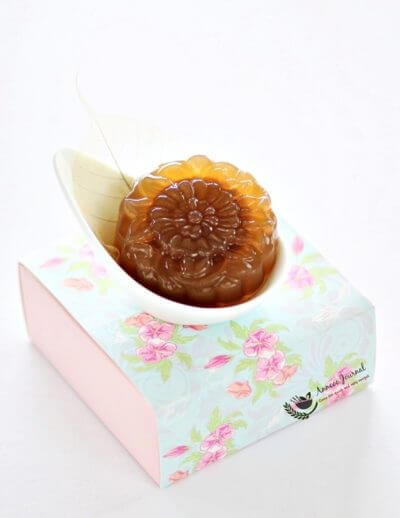Date Lotus Jelly Mooncakes 枣泥菜燕月饼