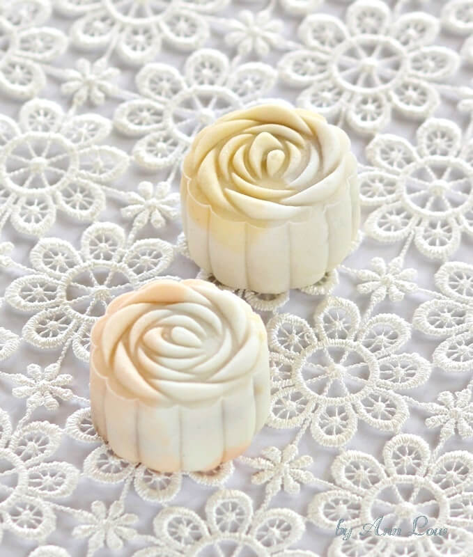dates lotus snowskin mooncakes 022
