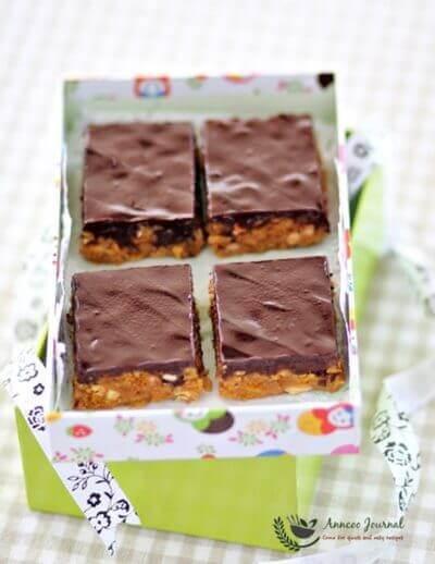 Chocolate  Cornflake Slice 巧克力玉米片