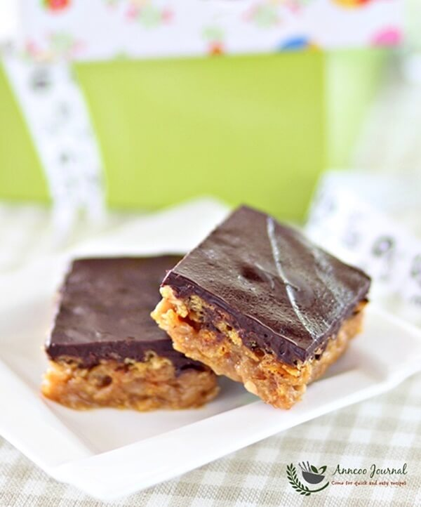 chocolate-cornflake-slice-058