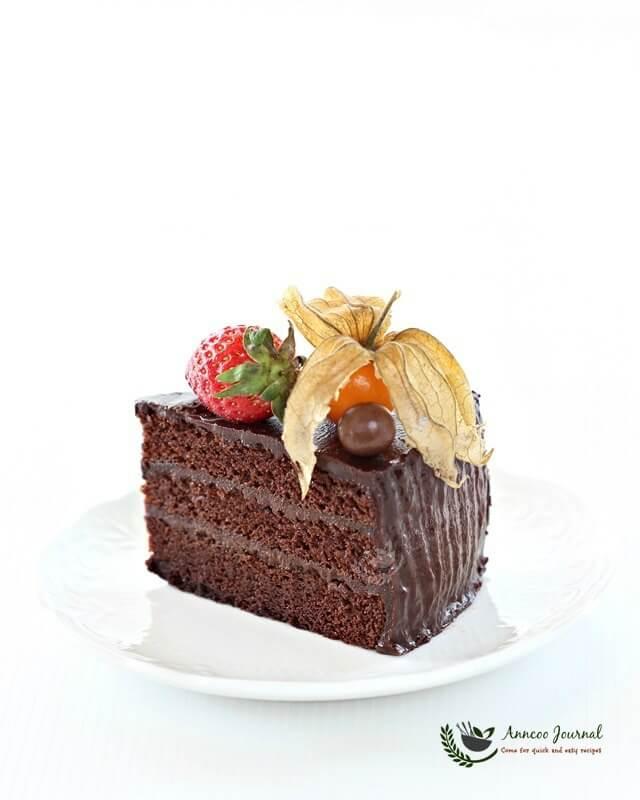 Simple Vanilla Cake Without Egg: Chocolate Ganache Cake 巧克力伽纳彻蛋糕