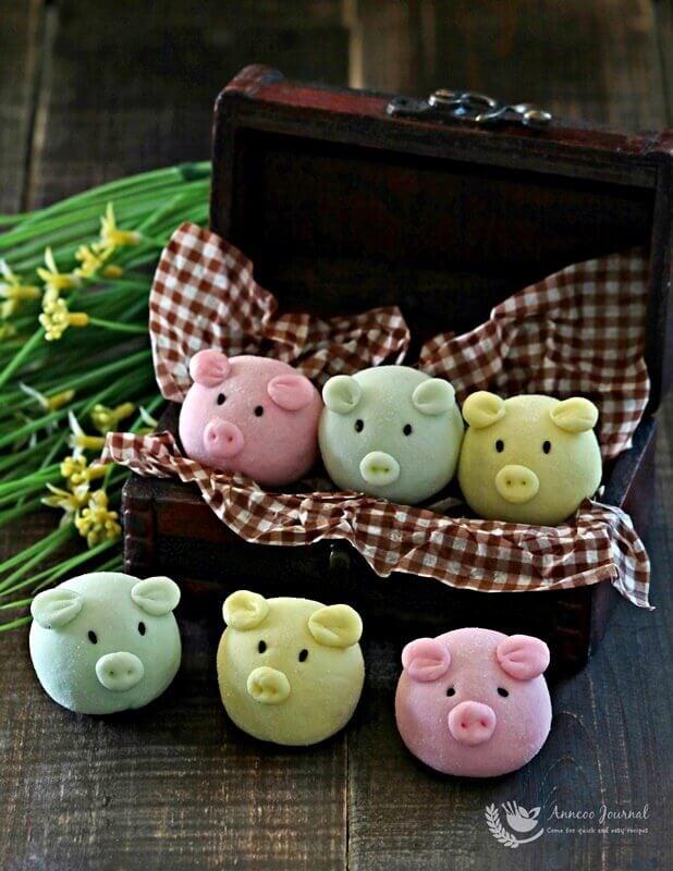 handmade snowskin piggies 002