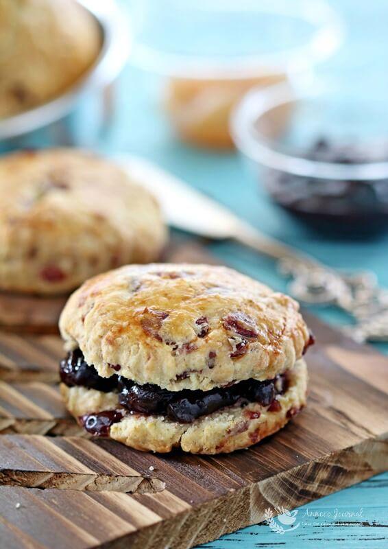 crumbliest-scones-005