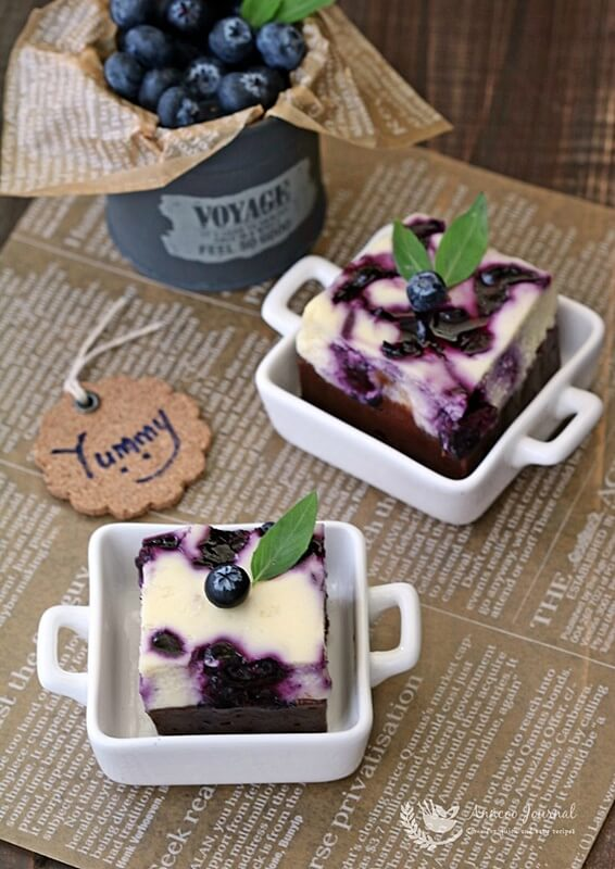 blueberry-cheese-brownies-001