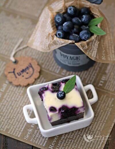 Blueberry Cheese Brownies 蓝莓芝士布朗尼