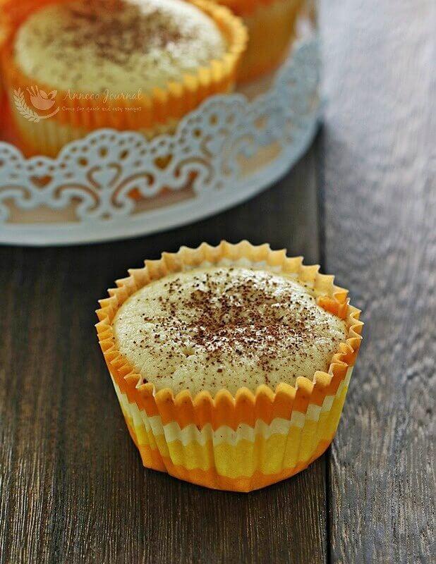 cotton yoghurt small cakes