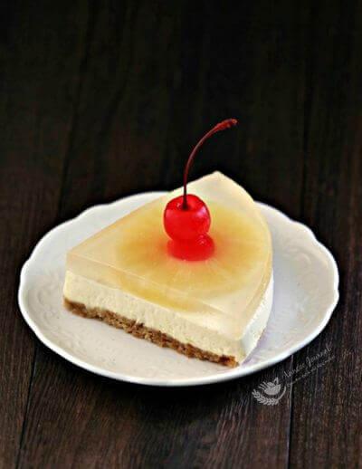 Pineapple Yogurt Cheesecake 凤梨优格芝士蛋糕