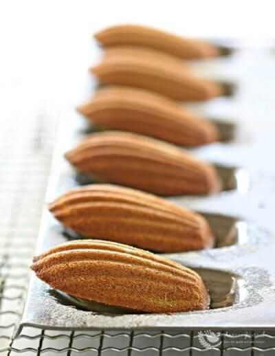 Matcha Madeleines 抹茶马德琳蛋糕