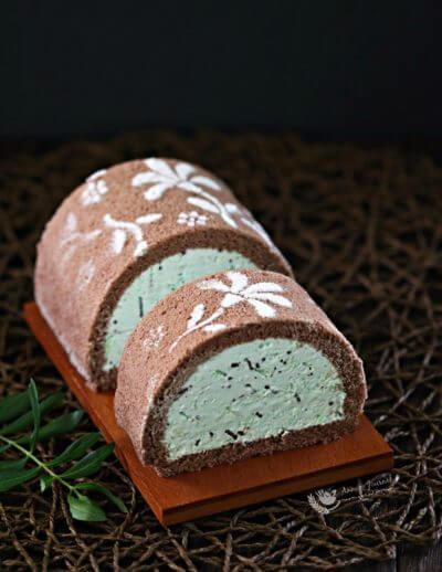 Chocolate Mint Ice Cream Roll 巧克力蒲荷冰淇淋蛋糕卷