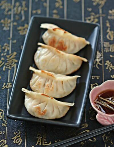 Tofu Guo Tie 豆腐锅贴