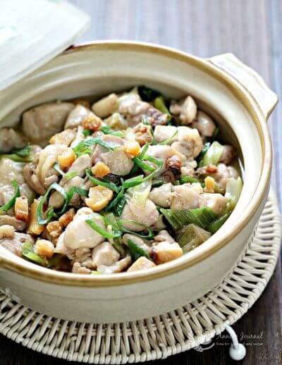 Claypot Chicken and Salted Fish 鸡丁咸鱼煲