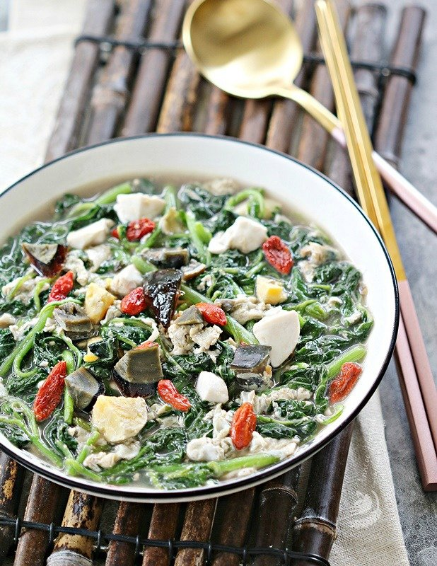 Chinese spinach with eggs