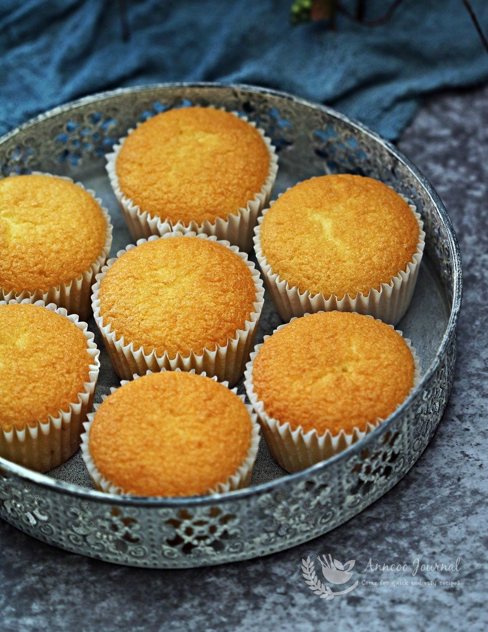 fluffy spongy cupcakes