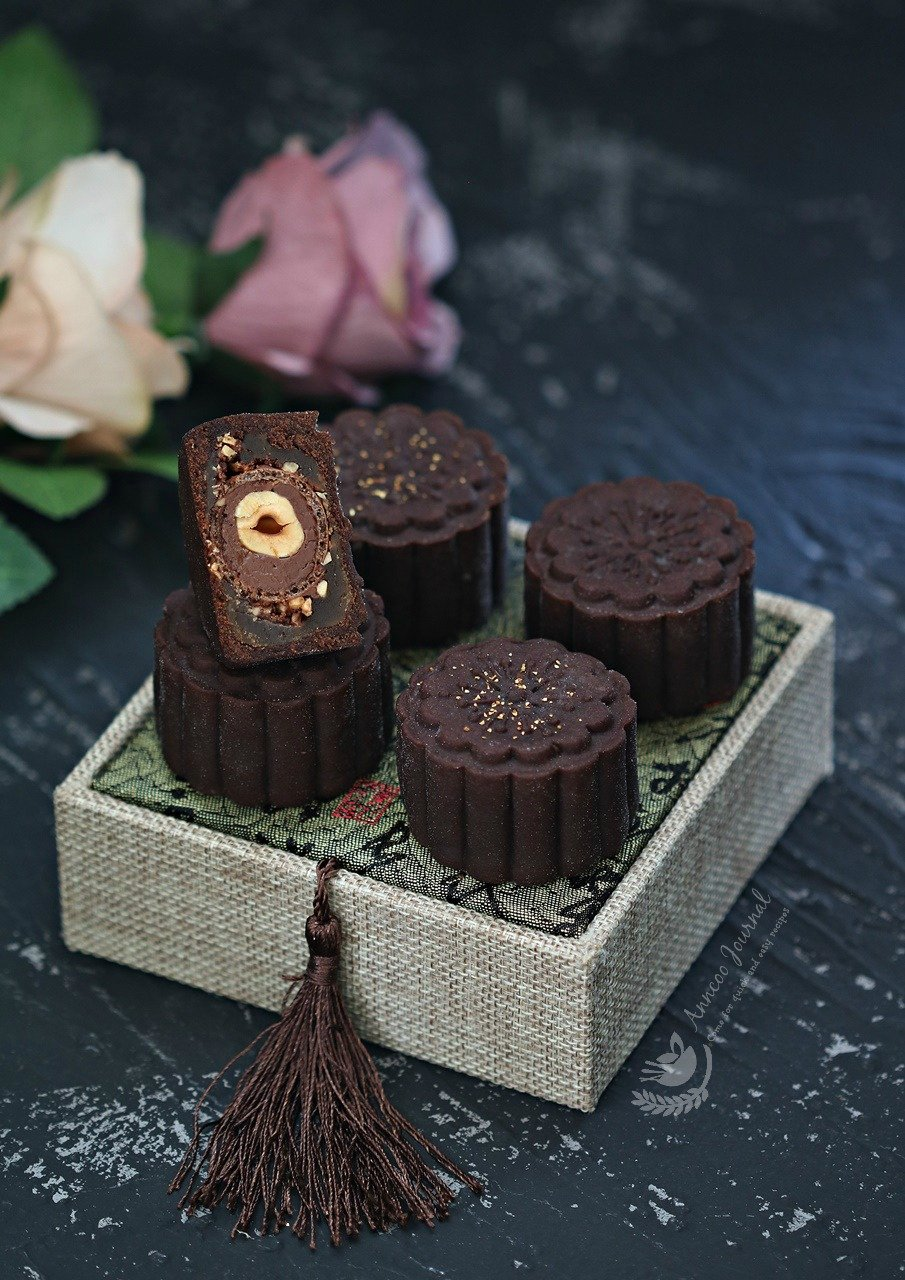 chocolate mooncake with fererro rocher