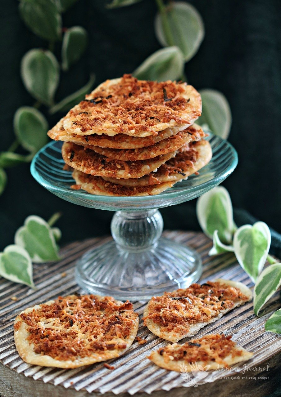 crispy crackers with pork floss