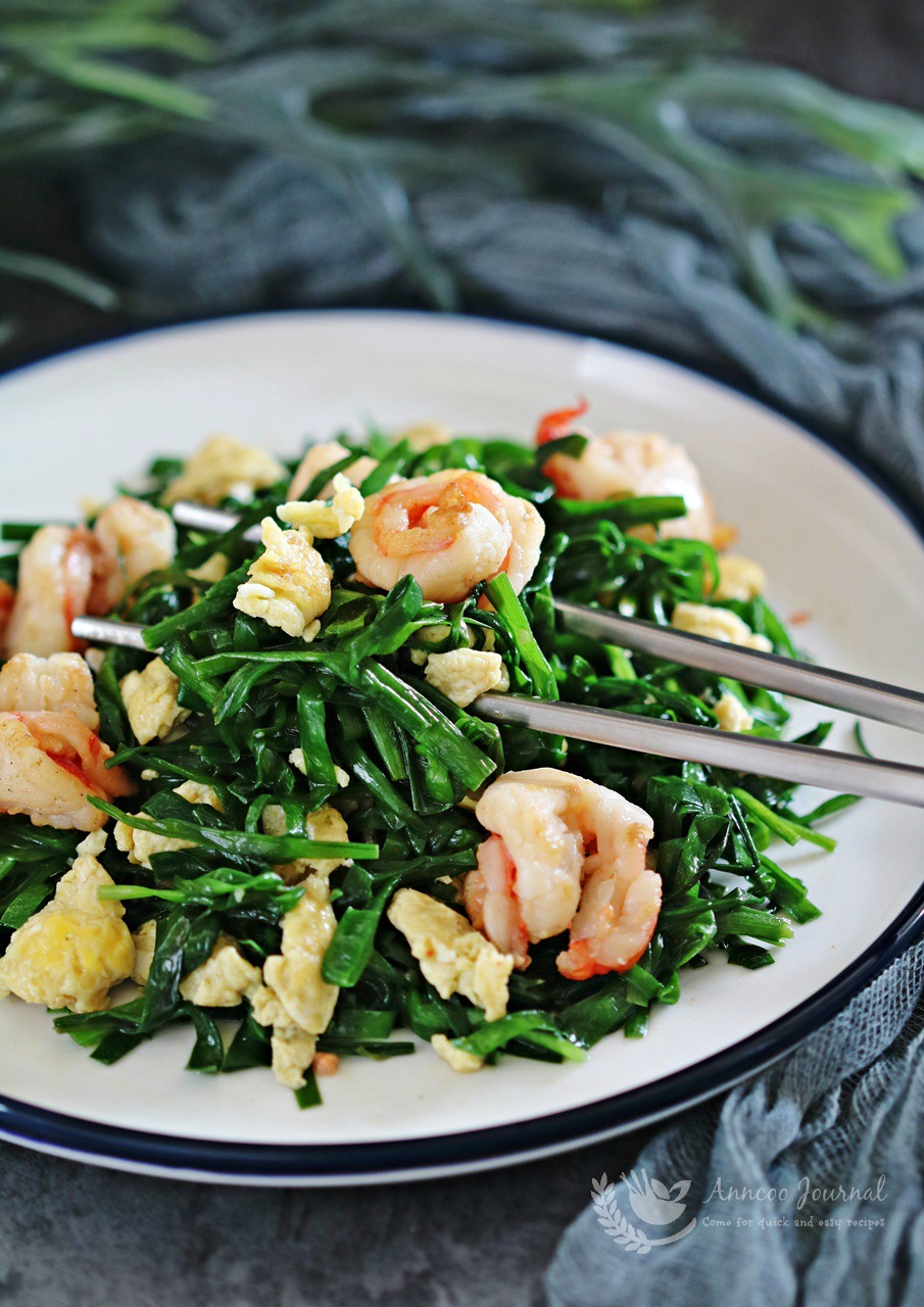 Chinese chive, egg and prawn stir fry