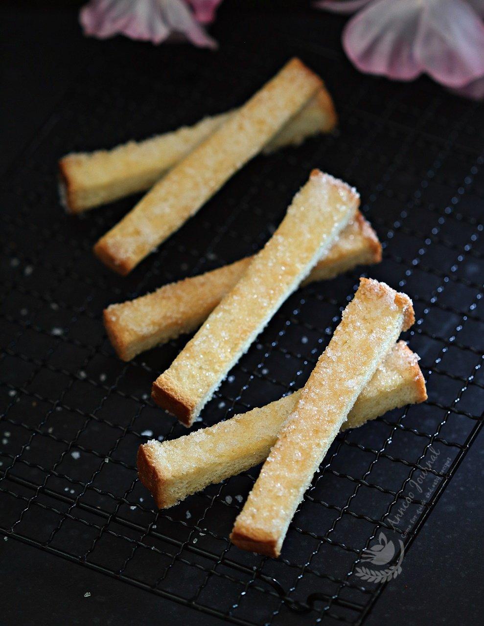 butter bread sticks