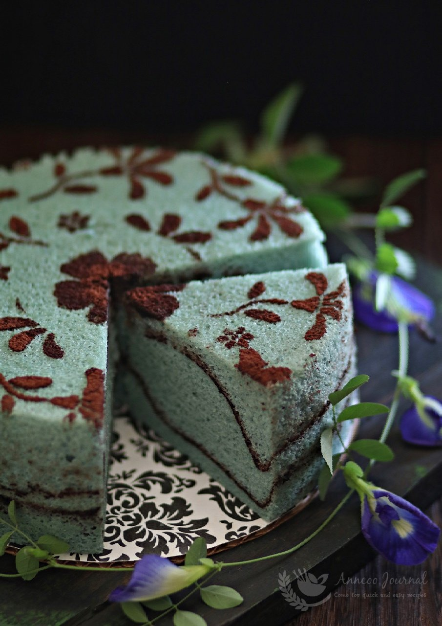 steamed blue pea flower chiffon cake