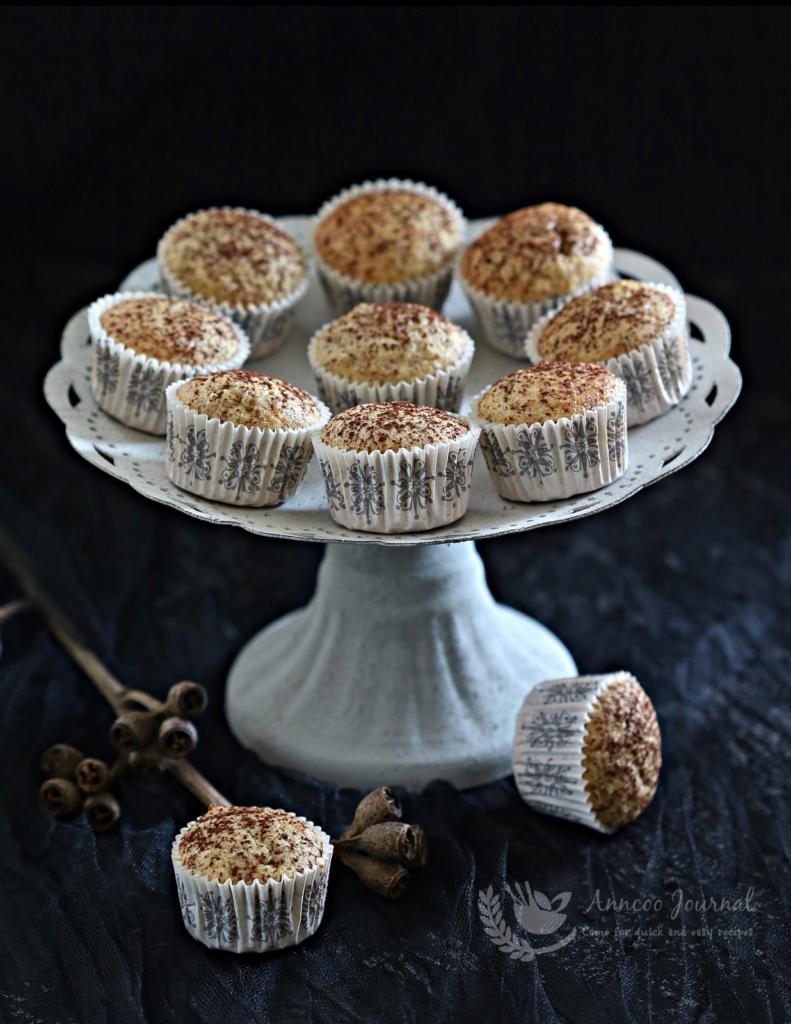 mini almond orange cakes