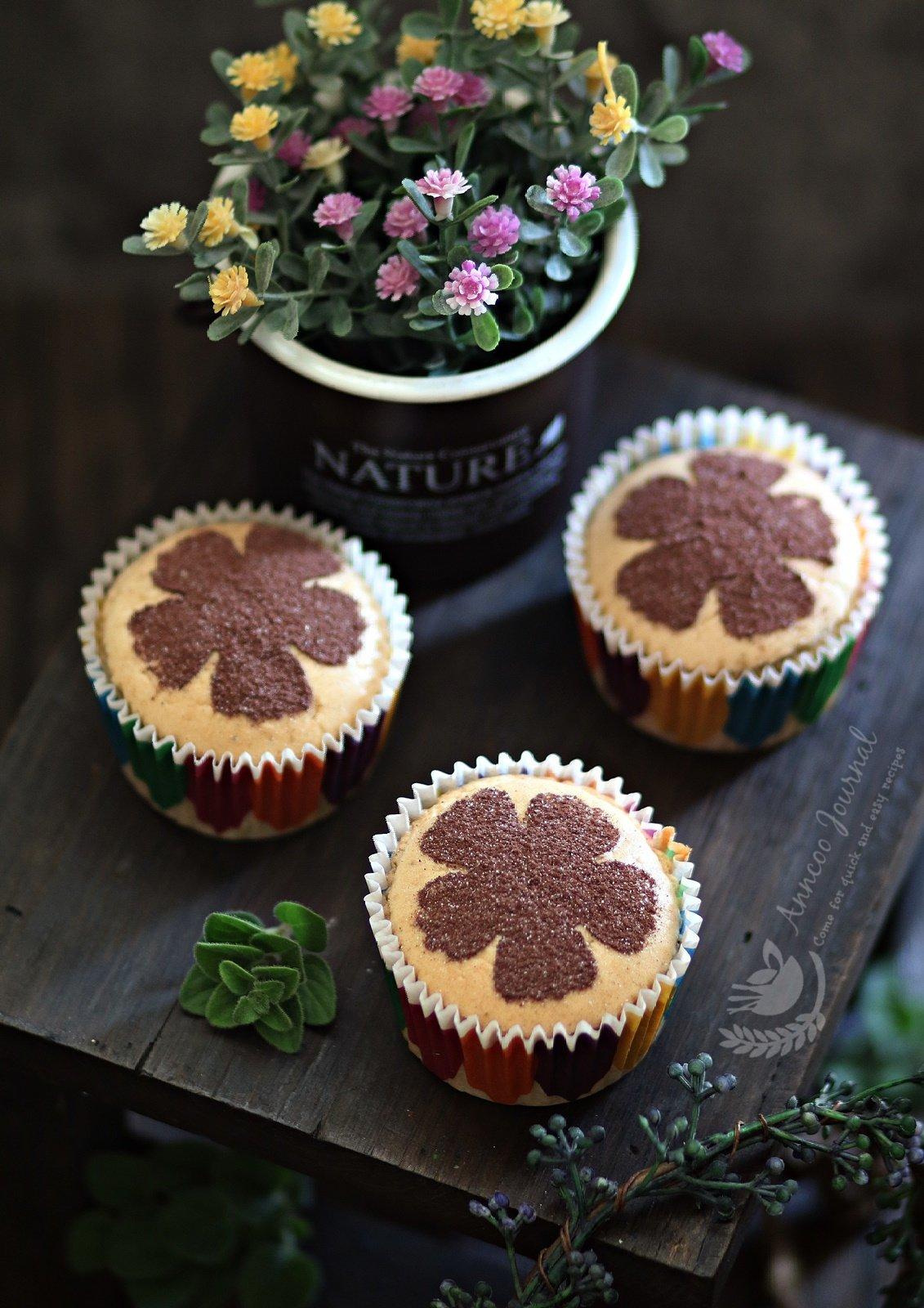 peanut butter chiffon cupcakes